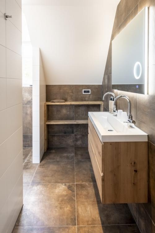 Gedeelde badkamer-1